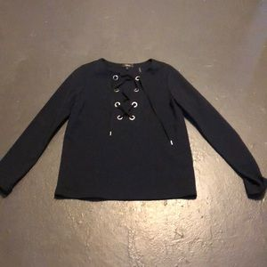 NWT theory navy top size small